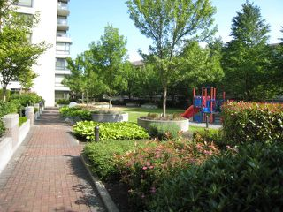 """Photo 10: 612 3588 CROWLEY Drive in Vancouver: Collingwood VE Condo for sale in """"NEXUS"""" (Vancouver East)  : MLS®# R2386677"""