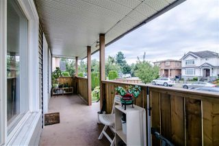 Photo 2: 5874 INVERNESS Street in Vancouver: Knight House for sale (Vancouver East)  : MLS®# R2387138