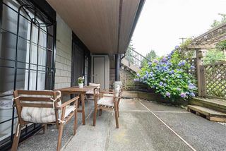 """Photo 12: 225 7377 SALISBURY Avenue in Burnaby: Highgate Condo for sale in """"THE BERESFORD"""" (Burnaby South)  : MLS®# R2388005"""