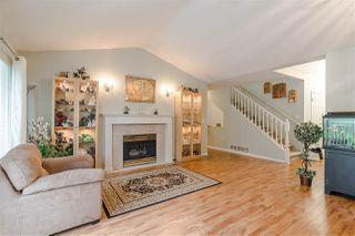 "Photo 2: 20 20788 87 Avenue in Langley: Walnut Grove Townhouse for sale in ""KENSINGTON VILLAGE"" : MLS®# R2397070"