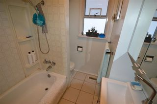 Photo 10: 2539 E 18TH Avenue in Vancouver: Renfrew Heights House for sale (Vancouver East)  : MLS®# R2406843