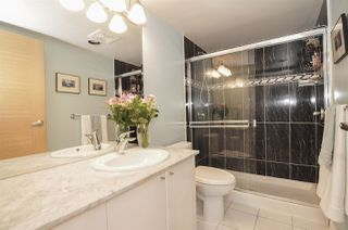 Photo 7: 1807 1328 W PENDER Street in Vancouver: Coal Harbour Condo for sale (Vancouver West)  : MLS®# R2410022