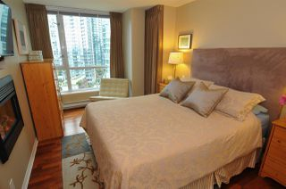 Photo 10: 1807 1328 W PENDER Street in Vancouver: Coal Harbour Condo for sale (Vancouver West)  : MLS®# R2410022