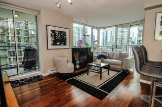 Main Photo: 1807 1328 W PENDER Street in Vancouver: Coal Harbour Condo for sale (Vancouver West)  : MLS®# R2410022