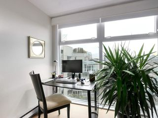 "Photo 9: A601 431 PACIFIC Street in Vancouver: Yaletown Condo for sale in ""Pacific Point"" (Vancouver West)  : MLS®# R2435432"