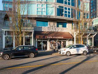 "Photo 18: 511 1333 W GEORGIA Street in Vancouver: Coal Harbour Condo for sale in ""Qube"" (Vancouver West)  : MLS®# R2439175"