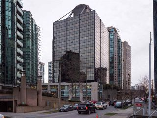 "Photo 1: 511 1333 W GEORGIA Street in Vancouver: Coal Harbour Condo for sale in ""Qube"" (Vancouver West)  : MLS®# R2439175"