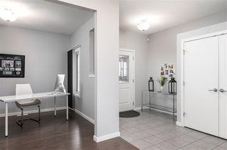 Photo 3: 16444 140 Street in Edmonton: Zone 27 House for sale : MLS®# E4189093