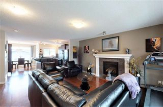 Photo 3: 7312 15A Avenue in Edmonton: Zone 53 House for sale : MLS®# E4197973