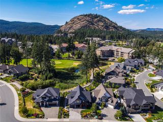 Photo 27: 2104 Champions Way in : La Bear Mountain House for sale (Langford)  : MLS®# 851229
