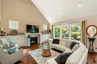 Photo 5: 2104 Champions Way in : La Bear Mountain House for sale (Langford)  : MLS®# 851229