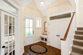 Photo 3: 2104 Champions Way in : La Bear Mountain House for sale (Langford)  : MLS®# 851229