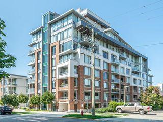 Photo 1: 404 646 Michigan St in : Vi Downtown Condo for sale (Victoria)  : MLS®# 851902