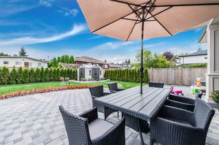 """Photo 11: 9291 PINEWELL Crescent in Richmond: Saunders House for sale in """"9291 PINEWELL"""" : MLS®# R2505589"""