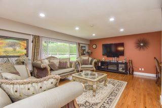 Photo 3: 1635 WESTERN Drive in Port Coquitlam: Mary Hill House for sale : MLS®# R2509794
