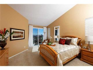 Photo 13: PACIFIC BEACH House for sale : 5 bedrooms : 2410 Geranium in San Diego