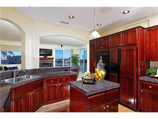 Photo 4: PACIFIC BEACH House for sale : 5 bedrooms : 2410 Geranium in San Diego
