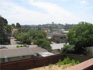 Photo 9: VISTA House for sale : 3 bedrooms : 1019 Marbo Terrace