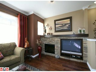 Photo 3: 132 2729 158TH Street in Surrey: Grandview Surrey Townhouse for sale (South Surrey White Rock)  : MLS®# F1126543