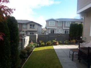 Photo 9: 132 2729 158TH Street in Surrey: Grandview Surrey Townhouse for sale (South Surrey White Rock)  : MLS®# F1126543