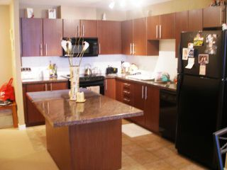 Photo 2: 304 2088 MADISON Avenue in Burnaby: Brentwood Park Condo for sale (Burnaby North)  : MLS®# V792572