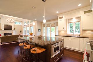 Photo 9: 3602 Loraine Avenue in North Vancouver: Capilano Highlands House for sale : MLS®# V922588
