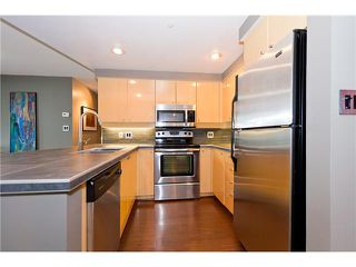 Photo 4: 2005 1009 EXPO Boulevard in Vancouver: Yaletown Condo for sale (Vancouver West)  : MLS®# V957571