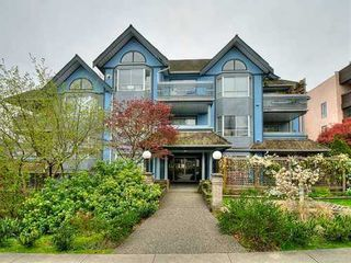 Main Photo: 204 1729 GEORGIA Street E in Vancouver East: Hastings Home for sale ()  : MLS®# V945205