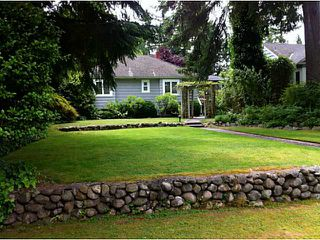 Photo 2: 1001 W 19TH Street in North Vancouver: Pemberton Heights House for sale : MLS®# V1071936