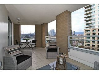 "Photo 6: 506 120 MILROSS Avenue in Vancouver: Mount Pleasant VE Condo for sale in ""Brighton"" (Vancouver East)  : MLS®# V1106879"