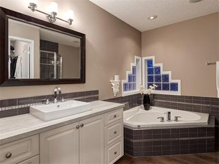 Photo 19: 230 ROCKY RIDGE Mews NW in Calgary: Rocky Ridge Ranch House for sale : MLS®# C4008870