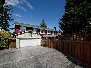 "Photo 2: 4937 2ND Avenue in Tsawwassen: Pebble Hill House for sale in ""Pebble Hill"" : MLS®# V1119955"