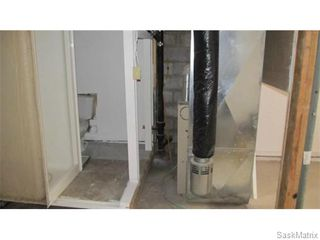 Photo 9: 1703 F Avenue North in Saskatoon: Mayfair Single Family Dwelling for sale (Saskatoon Area 04)  : MLS®# 546391