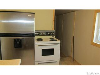 Photo 2: 1703 F Avenue North in Saskatoon: Mayfair Single Family Dwelling for sale (Saskatoon Area 04)  : MLS®# 546391