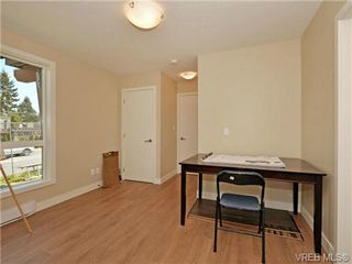 Photo 18: 6 1060 Tillicum Rd in VICTORIA: Es Kinsmen Park Row/Townhouse for sale (Esquimalt)  : MLS®# 714745