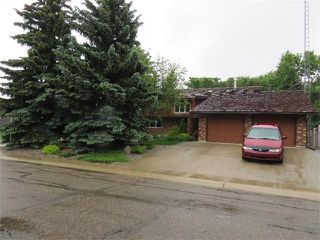 Photo 1: 205 Chinook Drive: Vulcan House for sale : MLS®# C4042921