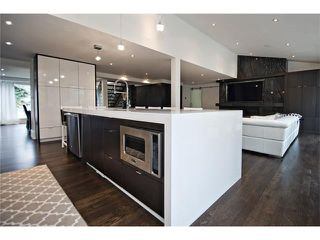 Photo 14: 6726 LIVINGSTONE Drive SW in Calgary: Lakeview House for sale : MLS®# C4052442