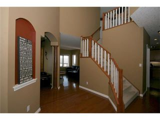Photo 4: 52 BOW RIDGE Drive: Cochrane House for sale : MLS®# C4066881