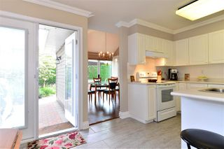 """Photo 10: 162 16275 15 Avenue in Surrey: King George Corridor Townhouse for sale in """"Sunrise Pointe"""" (South Surrey White Rock)  : MLS®# R2077380"""