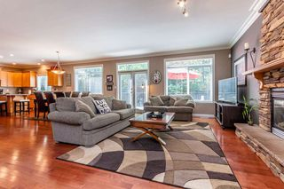 "Photo 2: 36250 BUCKINGHAM Drive in Abbotsford: Abbotsford East House for sale in ""KENSINGTON PARK"" : MLS®# R2103806"