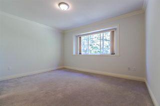 Photo 8: 8142 WEDGEWOOD Street in Burnaby: Burnaby Lake House 1/2 Duplex for sale (Burnaby South)  : MLS®# R2108883