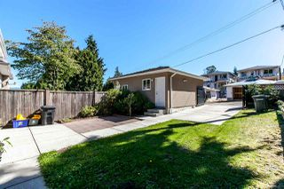 Photo 2: 8142 WEDGEWOOD Street in Burnaby: Burnaby Lake House 1/2 Duplex for sale (Burnaby South)  : MLS®# R2108883