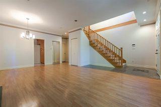 Photo 4: 8142 WEDGEWOOD Street in Burnaby: Burnaby Lake House 1/2 Duplex for sale (Burnaby South)  : MLS®# R2108883