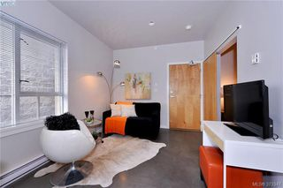 Main Photo: 405 848 Mason Street in VICTORIA: Vi Central Park Condo Apartment for sale (Victoria)  : MLS®# 373347