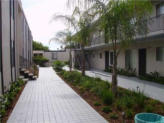 Photo 2: PACIFIC BEACH Condo for rent : 1 bedrooms : 4750 Noyes St #215 in San Diego
