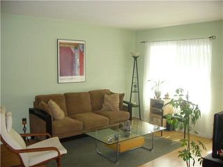Photo 5: PACIFIC BEACH Condo for rent : 1 bedrooms : 4750 Noyes St #215 in San Diego