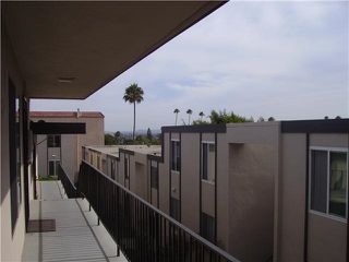 Photo 3: PACIFIC BEACH Condo for rent : 1 bedrooms : 4750 Noyes St #215 in San Diego