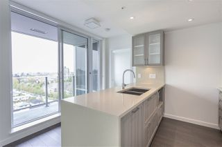 Photo 2: 1106 5665 BOUNDARY in Vancouver: Collingwood VE Condo for sale (Vancouver East)  : MLS®# R2165395