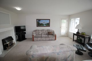 """Photo 6: 4529 219 Street in Langley: Murrayville House for sale in """"Murrayville"""" : MLS®# R2173428"""