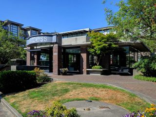 Photo 18: 215 10866 CITY Parkway in Surrey: Whalley Condo for sale (North Surrey)  : MLS®# R2190460